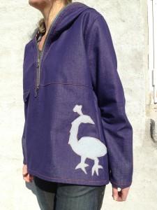 jakke med påfugl