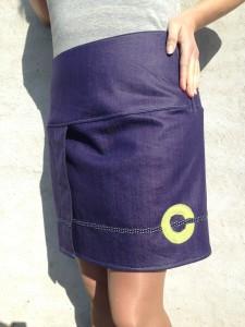 nederdel med gul cirkel