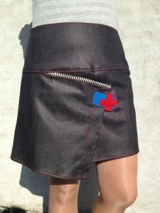 nederdel med kryds