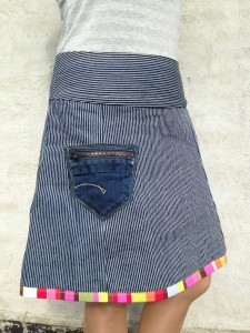 nederdel stribet med lomme